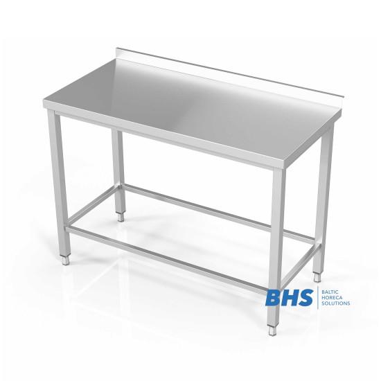 Darba galdi ar rāmi