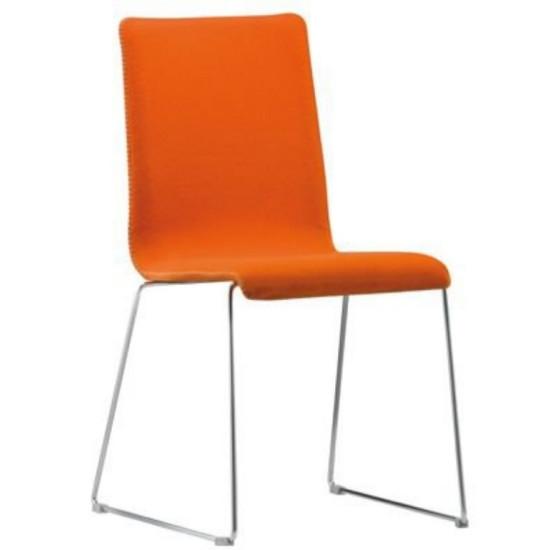 Krēsli ēdnīcām